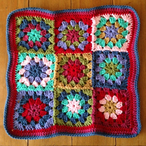 crochet granny flower cushion