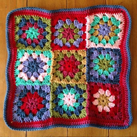 crochet granny flower cushion