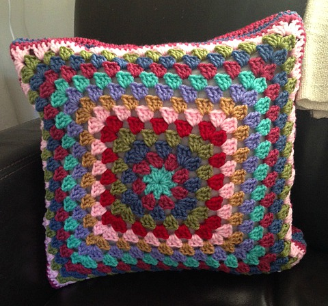 granny flower cushion back