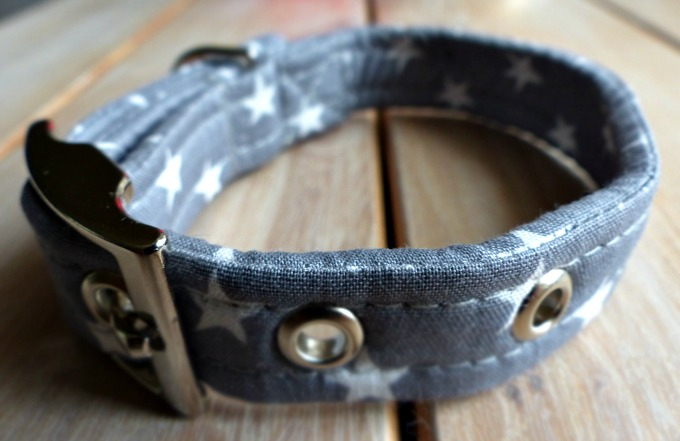 Brinkley's Grey star collar from Sweetpea and Boo