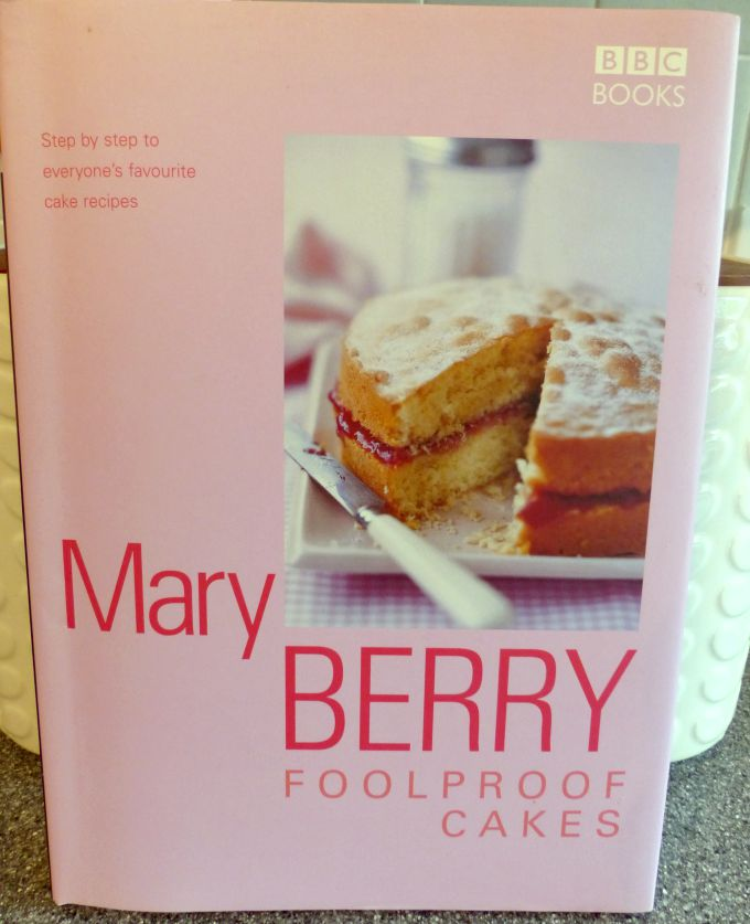 Mary Berry Foolproof Cakes