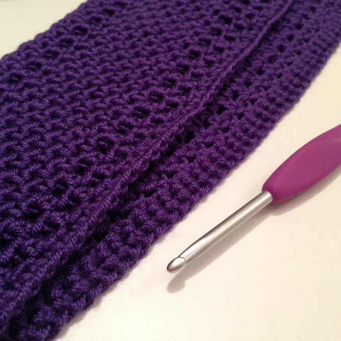 crochet cowl beginnings