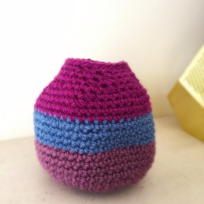 crochet poop bag pod