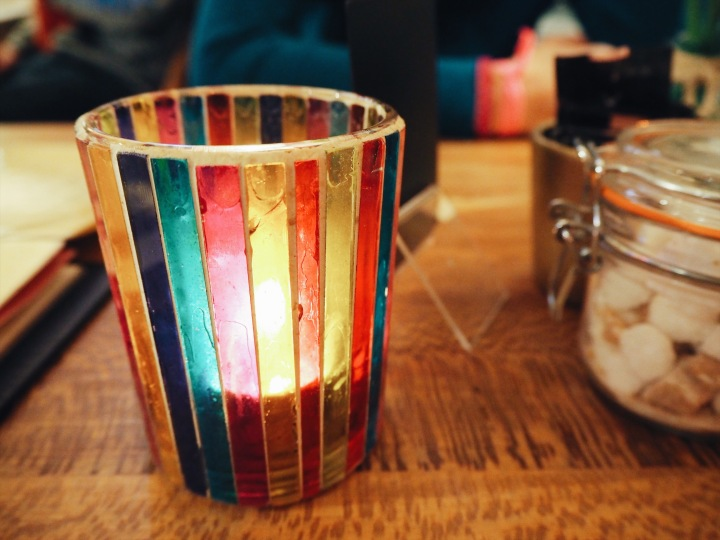 pretty glass tea light candle