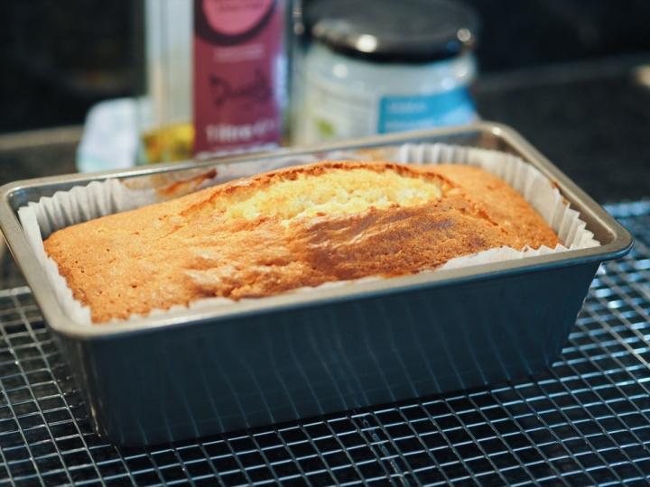 un-iced-lemon-drizzle-cake-feature