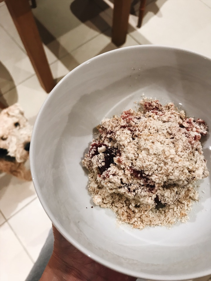 gluten-free-apple-and-plum-crumble